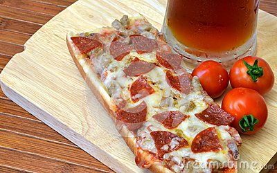Pizza And Microbrew Meal