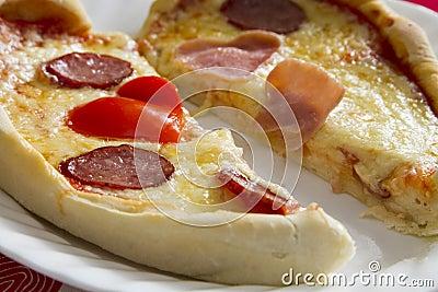 Pizza-shaped heart