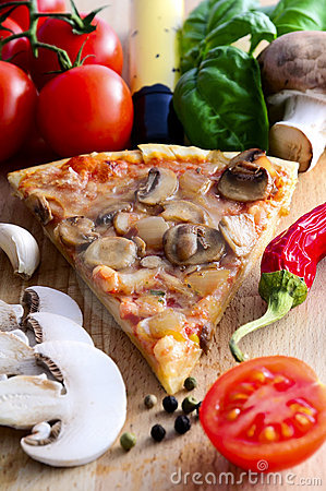 Free Pizza Slice Royalty Free Stock Image - 18712206