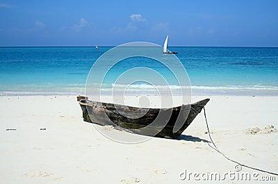 Plaża jest opustoszała