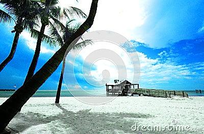 Plażowy pier kluczowe zachód