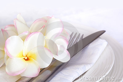 Place Setting with Plumeria