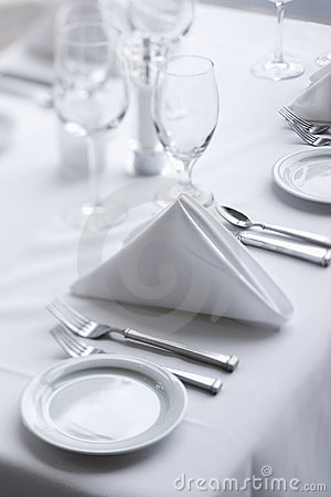 Free Place Settings On Dining Table Royalty Free Stock Image - 12753656
