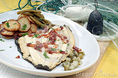 Plaice with potato and organic beans