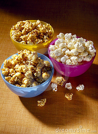 Plain and caramel popcorn
