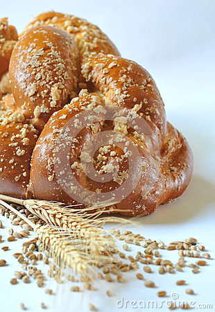 Plaited loaf - sweet roll