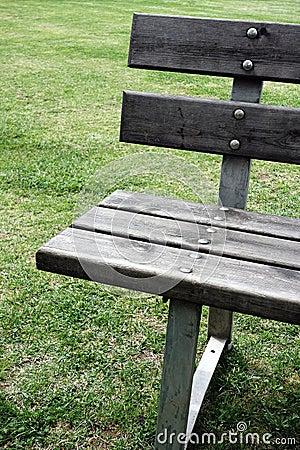 Plan rapproch de banc en bois de jardin photographie for Plan de banc de jardin