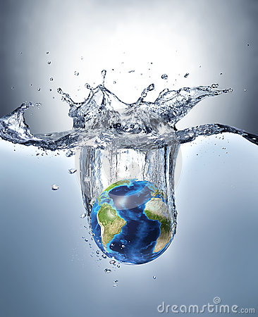 Free Planet Earth, Splashing Into Water. Royalty Free Stock Images - 39862879