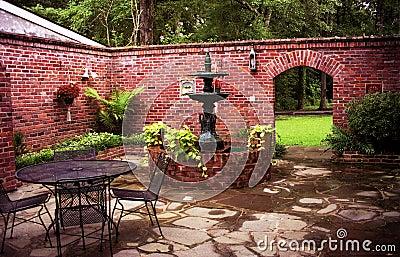 Plantation Courtyard