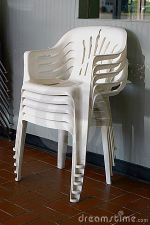 Free Plastic Chairs Royalty Free Stock Images - 2841949