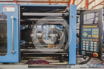 Plastic Dies Injection Machine