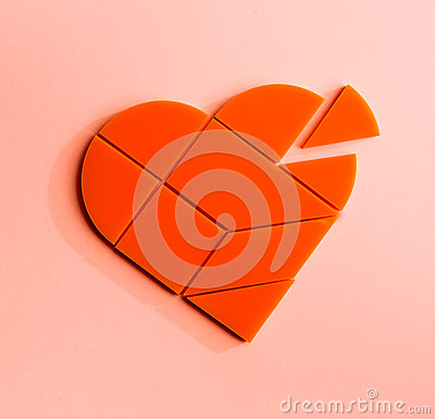 Free Plastic Puzzle In The Form Of Heart With Disconnected Piece On A Pink Background Royalty Free Stock Photos - 89798878