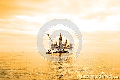 Plataforma petrolera durante