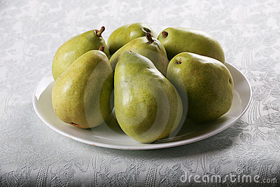 Plate of Bartlett pears