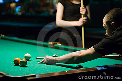 Play in billiard