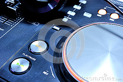Play button of the dj mixer console