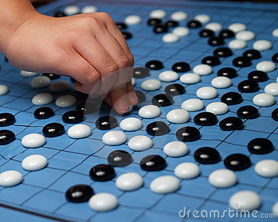 playing go game