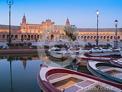 Plaza de Espana in Seville at night