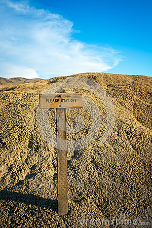 Free Please Stay Off Sign In National Monument Stock Image - 41992671