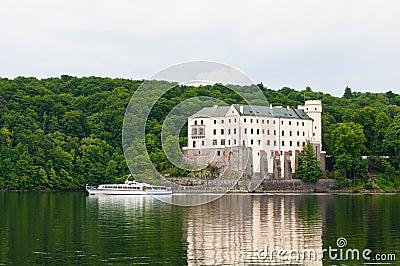 Pleasure boat in front of Orlik Castle