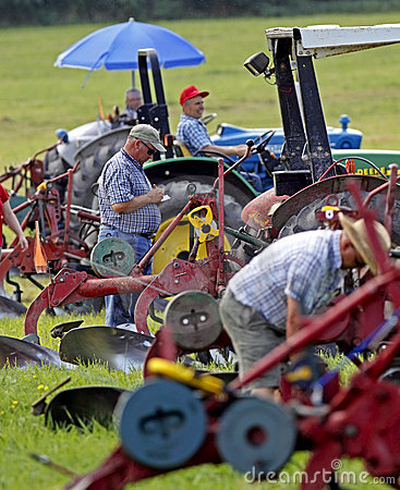 Plow plough competitors prepare Editorial Image