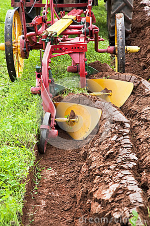 Plowing Field Royalty Free Stock Photo - Image: 24680645