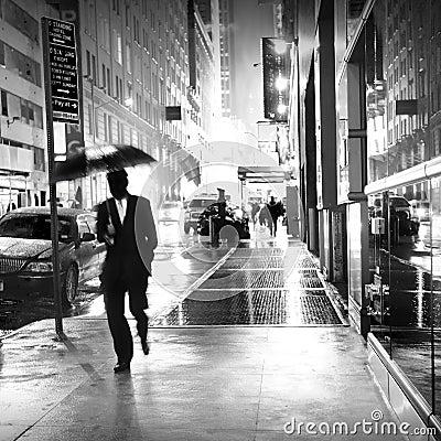 Pluie à New York City Photo stock éditorial
