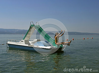 Plung in sea (pedal boat)