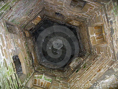 Poço de água antiquado