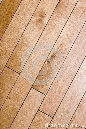 Podłogowy drewno
