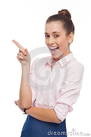 Pointage de jeune femme