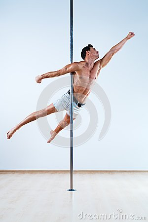 Free Pole Dancing Man Royalty Free Stock Photos - 108591758