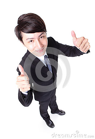 Polegar da mostra do homem de negócio acima do comprimento completo
