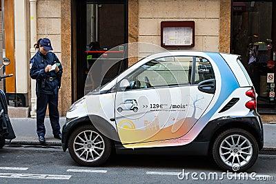 Policía - boleto de la escritura Fotografía editorial