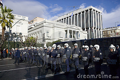Policemens in athens 18_12_08 Editorial Photography