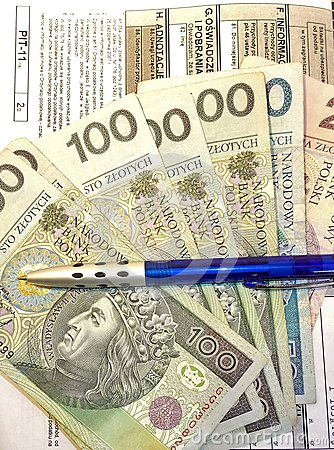 Free Polish Tax Form (PIT-11) And Polish Money Stock Images - 37464904