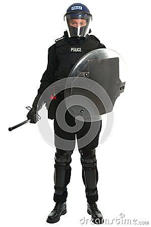 Polizei randaliert Offizier
