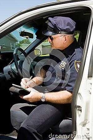 Polizei - Schreibens-Zitieren