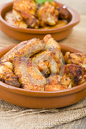 Pollo al Ajillo - Garlic Chicken Wings