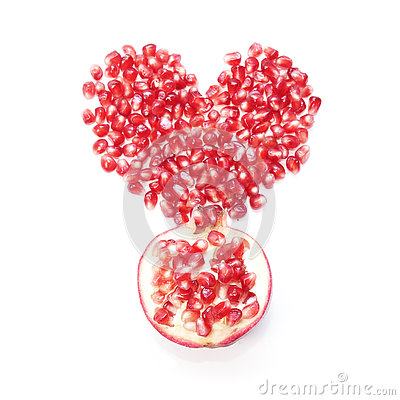 Free Pomegranate Seeds In Shape Of Heart And Half Of Fruit Royalty Free Stock Photo - 81348885