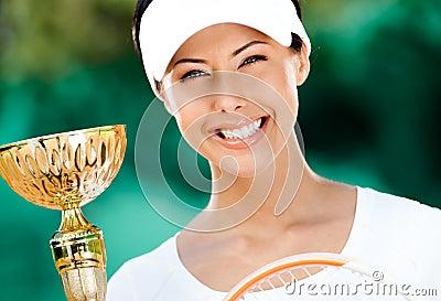 Pomyślny gracz w tenisa wygrywał rywalizację