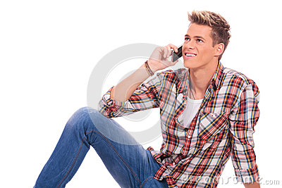 Ponendo e parlare sul telefono