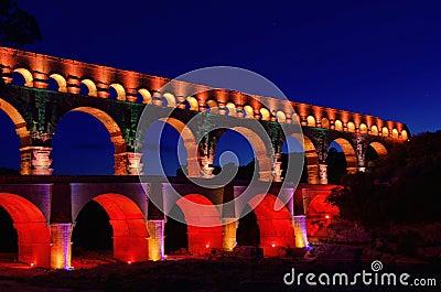Pont du Gard night