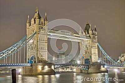 Ponte da torre em Londres, Inglaterra