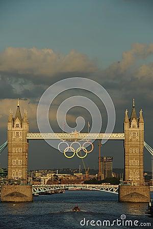 Ponte da torre, Londres durante os 2012 Olympics Imagem de Stock Editorial