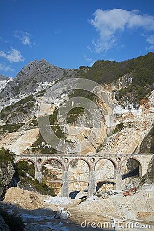 Ponti di Vara, Carrara
