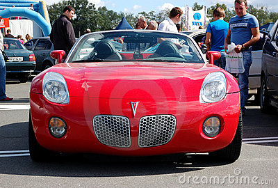 Pontiac Solstice at Yearly automotive-show Editorial Photography