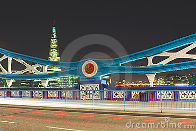 Ponticello della torretta alla notte: particolari del telaio, Londra