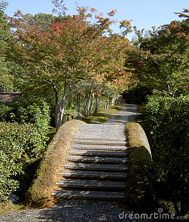 Ponticello ed ombre giapponesi