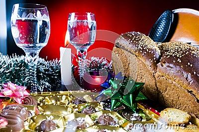 Położenie świąteczny wakacyjny stół